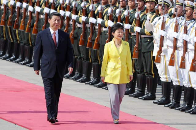 Le président chinois Xi Jinping reçoit à Pékin... (PHOTO WANG ZHAO, AFP)
