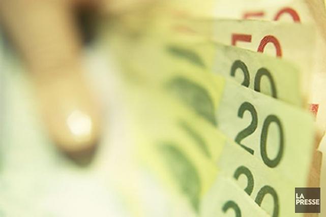 La rémunération hebdomadaire moyenne des employés salariés non agricoles s'est... (Photo: La Presse)