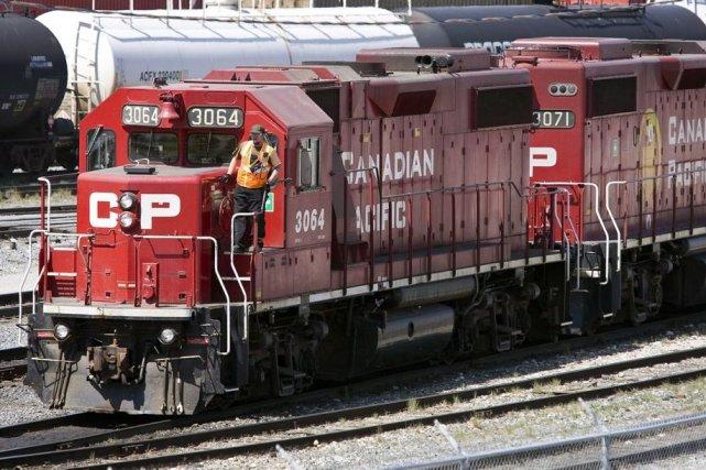 Un train du Canadien Pacifique.... (Photo archives La Presse Canadienne)