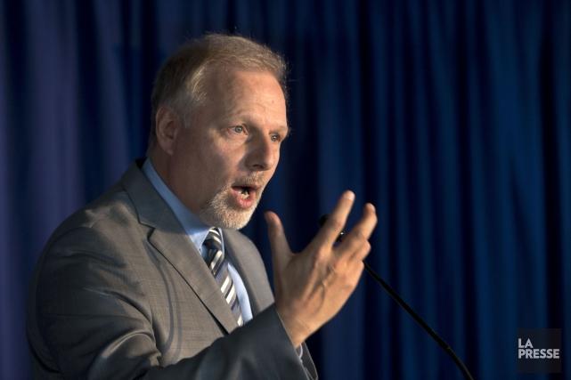 Le ministre responsable de la métropole, Jean-François Lisée... (PHOTO Robert Skinner, La Presse)