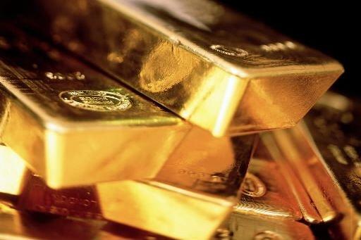 L'or est passé sous la barre des 1200$ pour la première fois depuis près de... (Photo: Bloomberg)