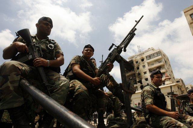 Des soldats libanais.... (MAHMOUD ZAYYAT, AFP ARCHIVES)