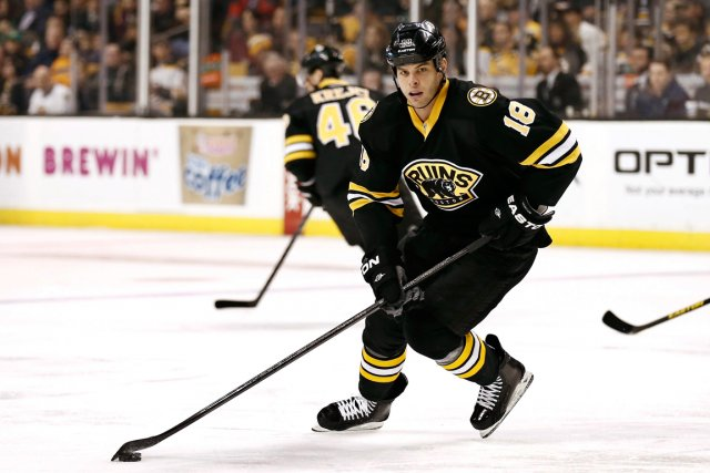 Nathan Horton était l'un des points de mire... (Photo : archives AP)
