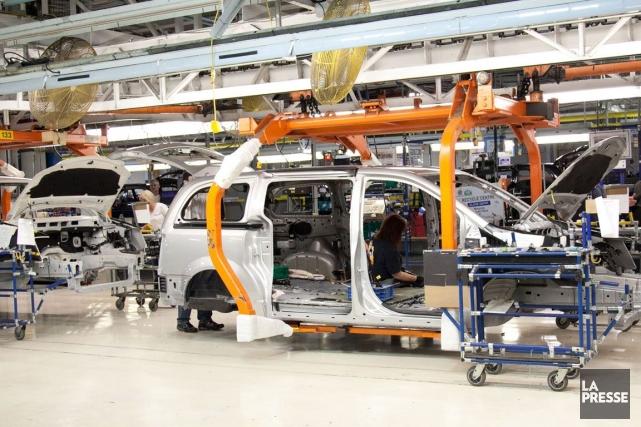 La production des industries productrices de biens a... (Photo Hugo-Sébastien Aubert, Archives La Presse)
