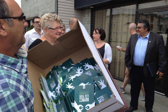 Les représentants de milliers de travailleurs des résidences privées pour aînés... (La Tribune, Caroline Bouchard)