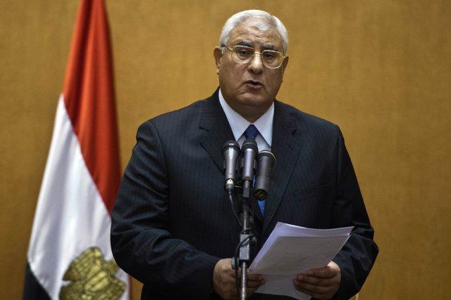 Le président par intérim de l'Égypte, Adly Mansour.... (PHOTO KHALED DESOUKI, AFP)