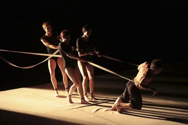 La troupe Circa revient à Montréal avec un... (Photo fournie par Montréal Complètement Cirque)