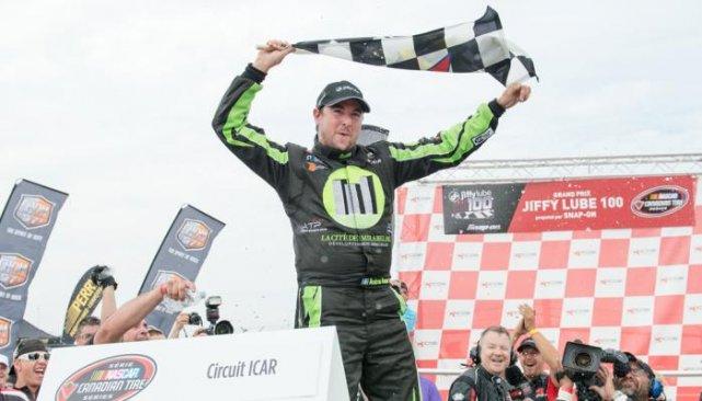 Andrew Ranger a célébré comme il se doit... (Photo NASCAR)