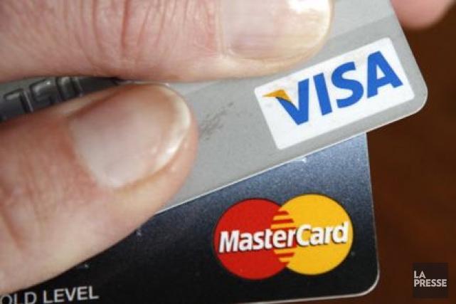 L'encours des crédits à la consommation a augmenté... (Photo Reuters)