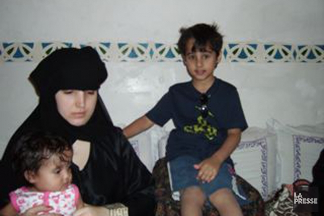 Nathalie Morin et deux de ses trois enfants.... (Photo archives La Presse)