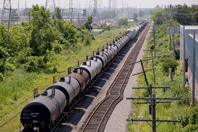 Les convois sont composés de wagons de type...