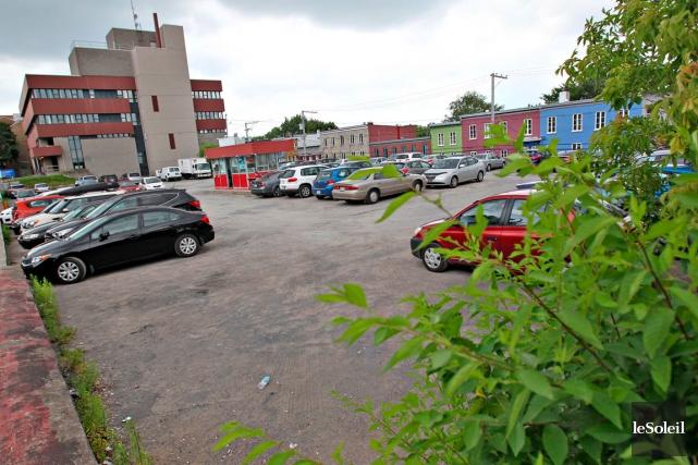 La firme GM Développement dit démarrer le chantiersur... (Photothèque Le Soleil, Pascal Ratthé)