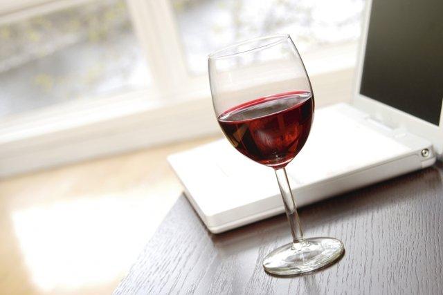 Avec l'arrivée de nouvelles extensions internet, le secteur viticole français... (PHOTOS.COM)
