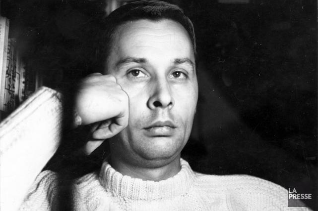 En 1963, Jean Basile entame une carrière d'écrivain.... (Photo: archives La Presse)