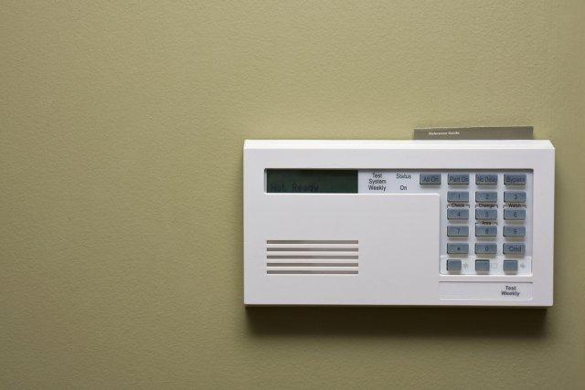 syst me d 39 alarme quelle protection pour sa maison carole thibodeau conseils. Black Bedroom Furniture Sets. Home Design Ideas