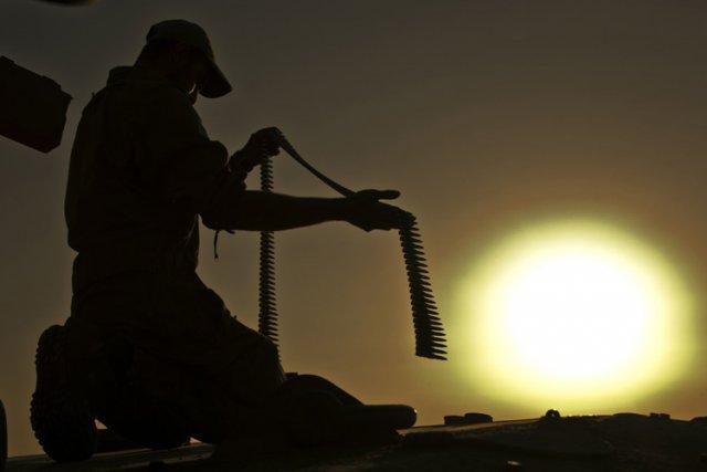 Des soldats israéliens ont tiré vendredi soir sur deux hommes qui tentaient,... (Photo: AFP)