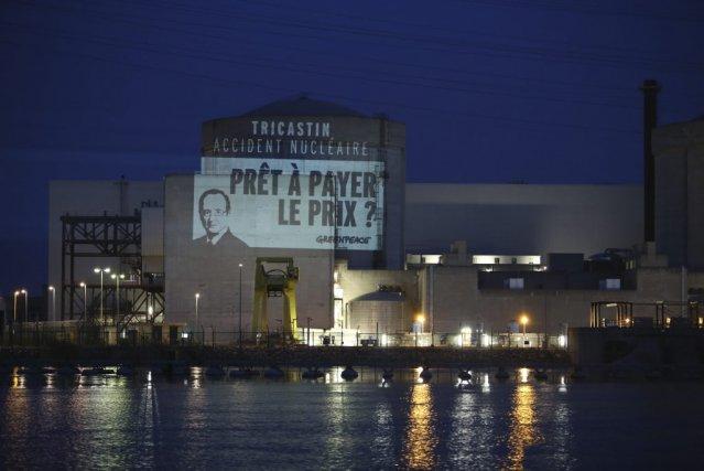 En France, François Hollande s'est engagé à réduire... (photo greenpeace via Agence france-presse)