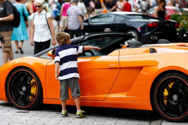 G1Tour avait présenté une exposition de voitures de... (Le Soleil, Yan Doublet)