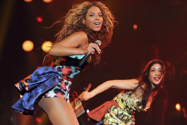 Beyoncé accomplit tout avec brio sur scène: chanter,... (PHOTO FOURNIE PAR ARKWOOD ENTERTAINMENT)