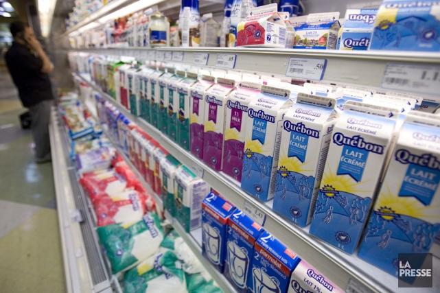 Les quantités vendues de lait de consommation sont... (PHOTO DAVID BOILY, ARCHIVES LA PRESSE)