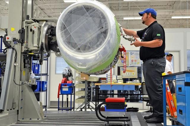 Le constructeur aéronautique brésilien Embraer (ERJ) a annoncé... (Photo Mark Elias, archives Bloomberg)