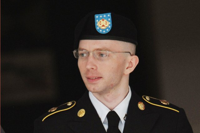 Bradley Manning a été reconnu non coupable au chef... (PHOTO MANDEL NGAN, AFP)