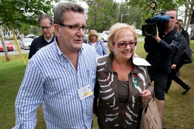Le maire de Québec, Régis Labeaume, en compagnie... (Photo La Presse, Robert Skinner)