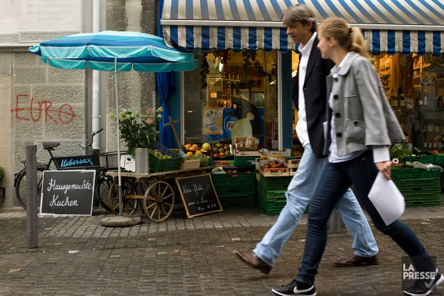 Scène de rue à Zurich, en Suisse.... (Photo Martin Chamberland, archives La Presse)