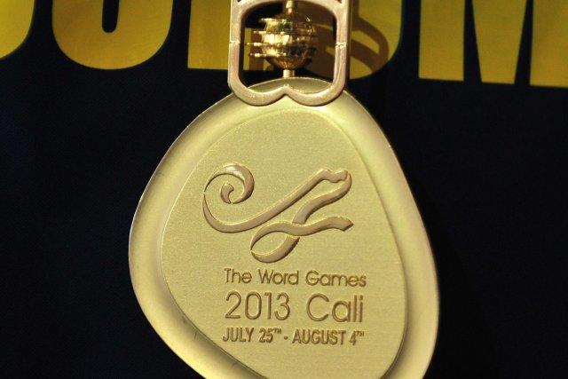Une erreur d'inscription sur les médailles a débouché sur un involontaire jeu... (Photo : Luis Robayo, AFP)
