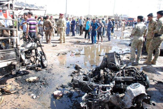 À Bagdad, 11 voitures piégées ont explosé dans... (PHOTO JAAFER ABED. REUTERS)
