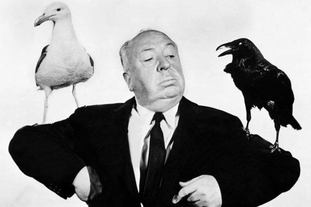 Le réalisateur Alfred Hitchcock durant le tournage du... (Photo: archives AFP)