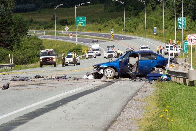 Un automobiliste a été tué lors d'une collision entre une voiture et un camion,... (Imacom, Claude Poulin)