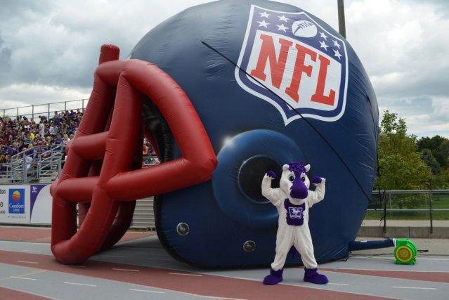 Une caravane de la NFL visitera neuf universités en Ontario et au Québec cet... (Photo fournie par NFL Canada)