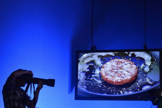 Une équipe a mis six semaines pour confectionner... (PHOTO Toby Melville, REUTERS)