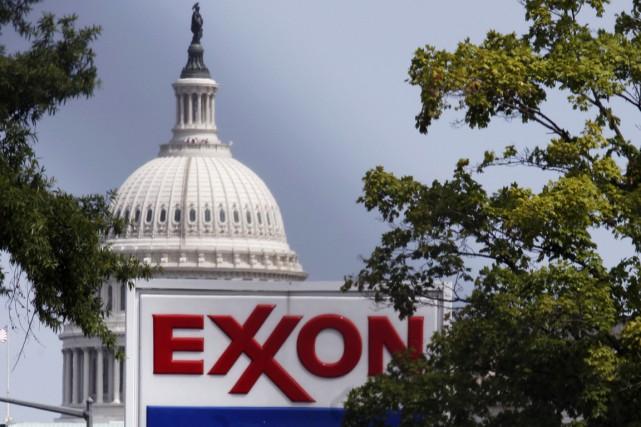 ExxonMobilinvoque par ailleurs «une baisse de la demande»... (PHOTO JOE MARQUETTE, ARCHIVES BLOOMBERG)