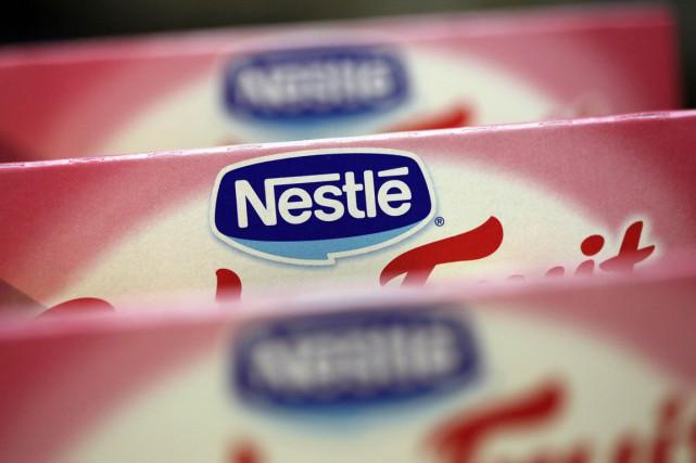 Le géant de l'agroalimentaire Nestlé a été accusé jeudi de soutenir... (PHOTO DENIS BALIBOUSE, REUTERS)