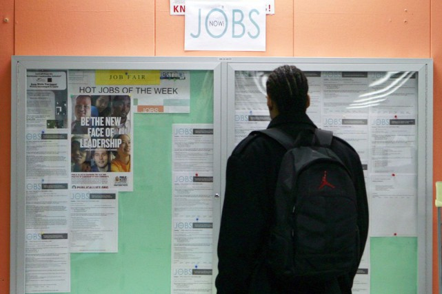 L'économie américaine a créé le mois dernier 211... (Photo Archives Reuters)