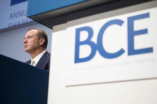 La stratégie de BCE(T.BCE) consistant à jumeler ses services...