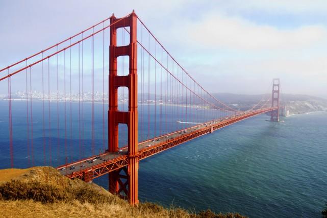Le Golden Gate Bridge à San Francisco... (Photos.com)