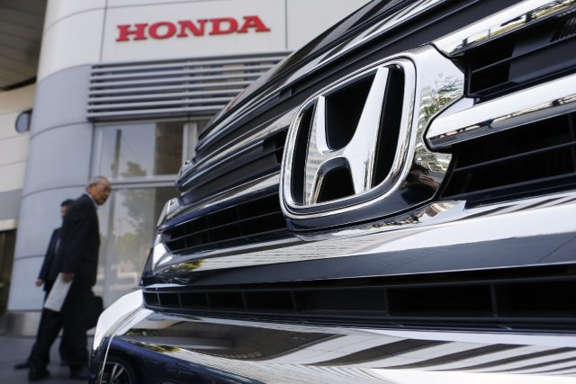 Le constructeur automobile japonais Honda a annoncé qu'il allait construire... (Photo archives Reuters)