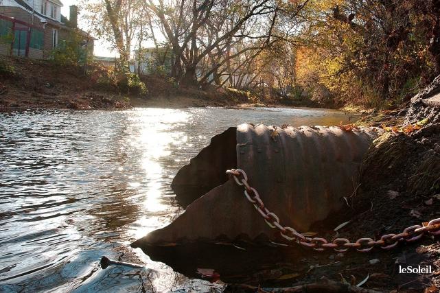 La rivière Lorette... (Photothèque Le Soleil, Jean-Marie Villeneuve)