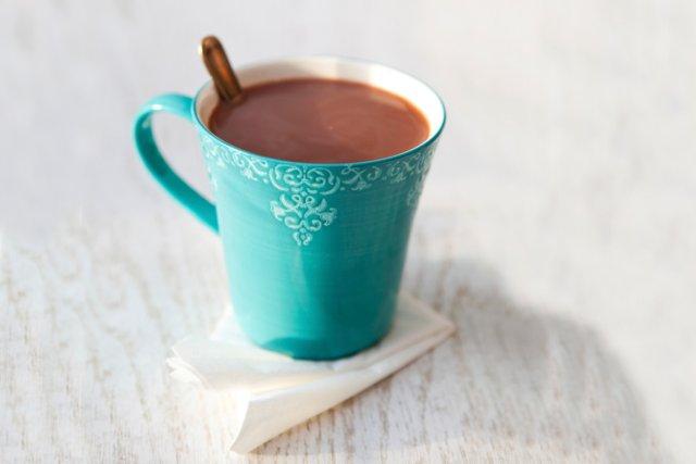 Une nouvelle étude américaine donne aux personnes âgées accros au chocolat une... (Photos.com)