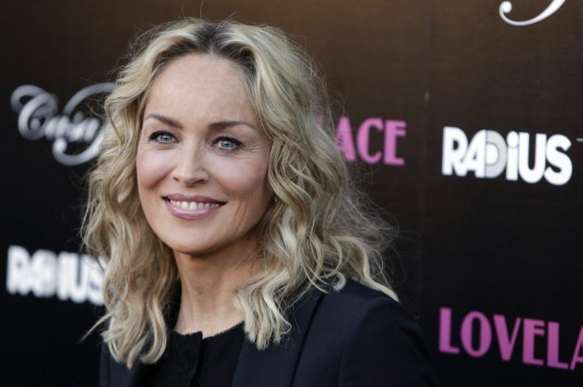 Sharon Stone... (PHOTO JASON REDMOND, REUTERS)