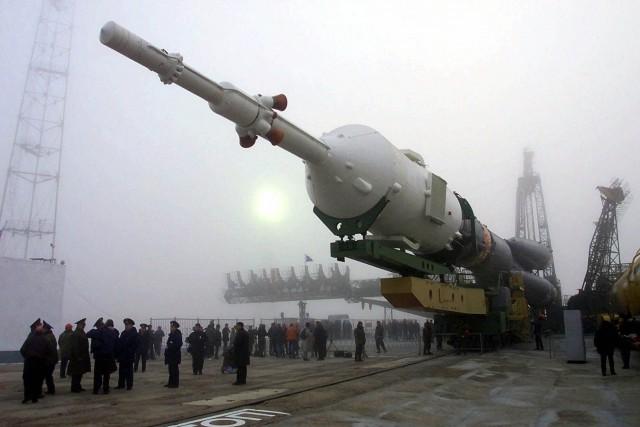 La fusée Soyouz... (Photo Mikhail Metzel, archives AP)