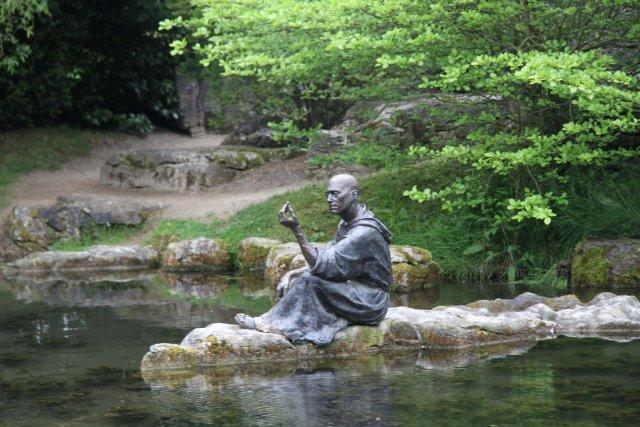Le saint patron des jardiniers larry hodgson horticulture for Jardins de jardiniers