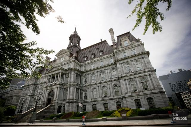 L'hôtel de ville de Montréal.... (PHOTO MARCO CAMPANOZZI, ARCHIVES LA PRESSE)