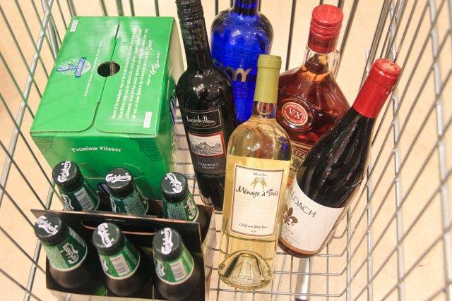Nombreux sont les consommateurs à traverser de part... (Patrick Woodbury, LeDroit)