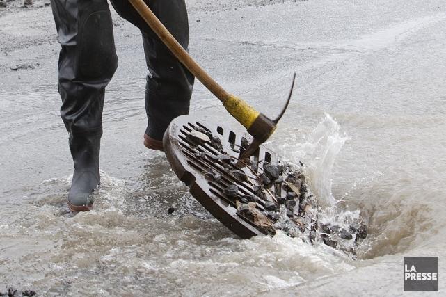 Le nombre de bris d'aqueduc a légèrement diminué, mais Montréal continue à... (Photo archives La Presse)