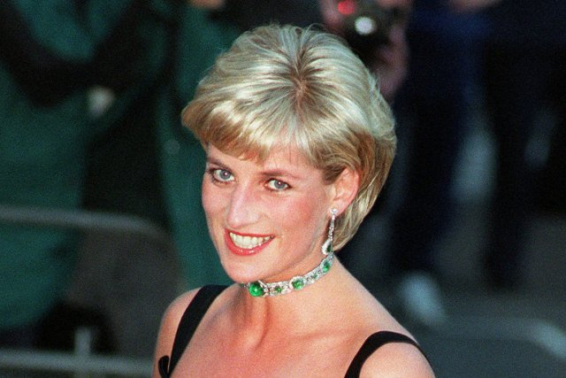 Diana et son compagnon Dodi Al-Fayed, ainsi que... (PHOTO JACQUELINE ARZT, ARCHIVES AP)
