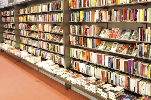 Les librairies indépendantes veulent protéger la diversité de... (PHOTO ARCHIVES BLOOMBERG)